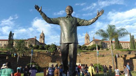 mandela_statue